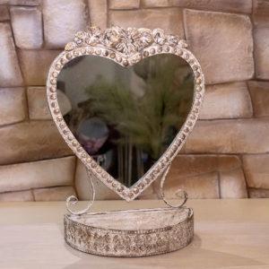 specchio forma cuore