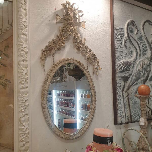 Specchio in ferro con roselline